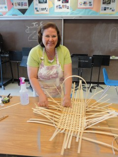 Shannon is making a rectangular basket
